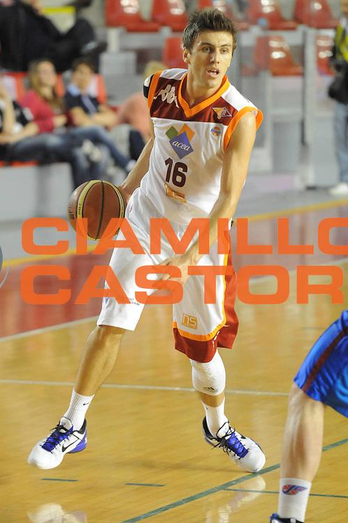 DESCRIZIONE : Roma Lega Basket A 2011-12  Acea Virtus Roma Novipiu Casale Monferrato<br /> GIOCATORE : Nemanja Gordic<br /> CATEGORIA : palleggio<br /> SQUADRA : Acea Virtus Roma<br /> EVENTO : Campionato Lega A 2011-2012 <br /> GARA : Acea Virtus Roma Novipiu Casale Monferrato<br /> DATA : 29/04/2012<br /> SPORT : Pallacanestro  <br /> AUTORE : Agenzia Ciamillo-Castoria/ GiulioCiamillo<br /> Galleria : Lega Basket A 2011-2012  <br /> Fotonotizia : Roma Lega Basket A 2011-12 Acea Virtus Roma Novipiu Casale Monferrato <br /> Predefinita :