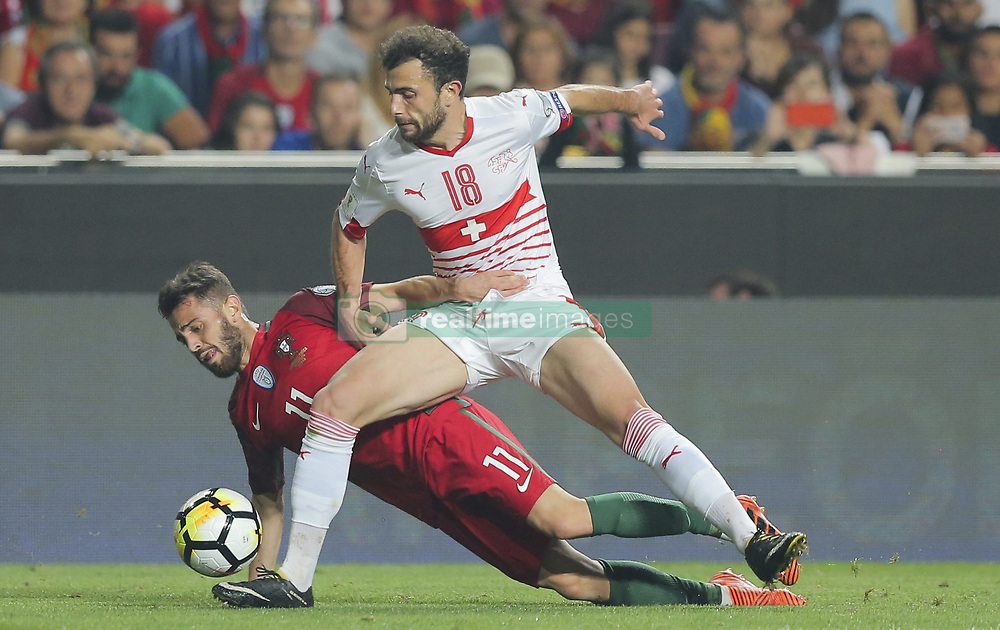 October 10, 2017 - Na - Lisbon, 10/10/2017 - The Portuguese football team received their Swiss counterpart tonight at the last stage of the group stage of qualification for the 2018 FIFA World Cup in Russia , next June. Portugal won 2-0 to reach the final. Mermaid and Bernardo Silva  (Credit Image: © Atlantico Press via ZUMA Wire)