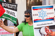 "2014-08-01 Pro-Palestinian protest aginst De Beers Israeli ""Blood Diamonds"""