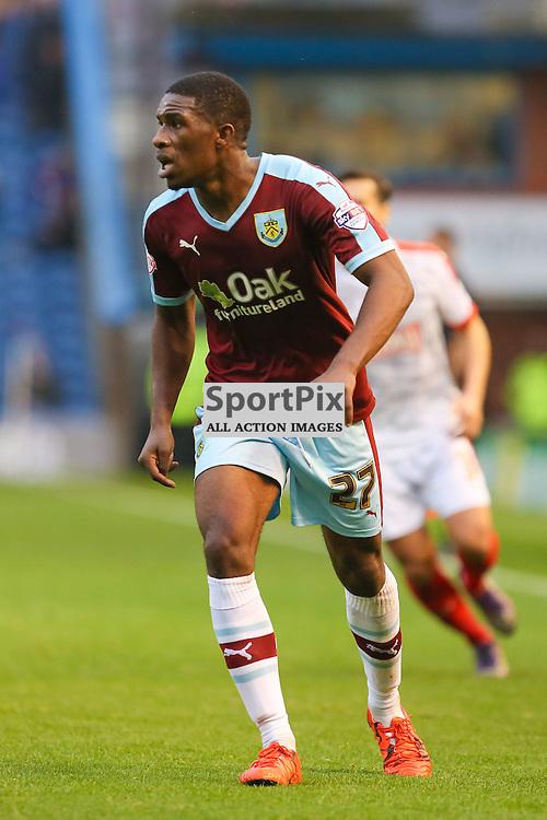 Tendayi Darikwa of Burnley in action during Burnley v Huddersfield Town, Sky Bet Championship, 31 October 2015,  (c) Jackie Meredith/SportPix.org.uk