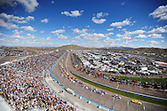 Feb 27, 2011; Avondale, AZ, USA; A general view as NASCAR Sprint Cup Series driver Kurt Busch leads the field during the Subway Fresh Fit 500 at Phoenix International Raceway. Mandatory Credit: Jennifer Stewart-US PRESSWIRE