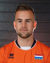 07-10-2017 NED: Portret zitvolleybalteam Oranje mannen 2017-2018, Doorn<br /> Nederland bereidt zich voor op het komende EK zitvolleybal / Robin van Damme