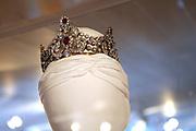 Beatrix opent tentoonstelling M&aacute;xima, 10 jaar in Nederland.//<br /> Queen Beatrix opens the exibition Maxima 10 years in the Netherlands<br /> <br /> Op de foto: Tiara