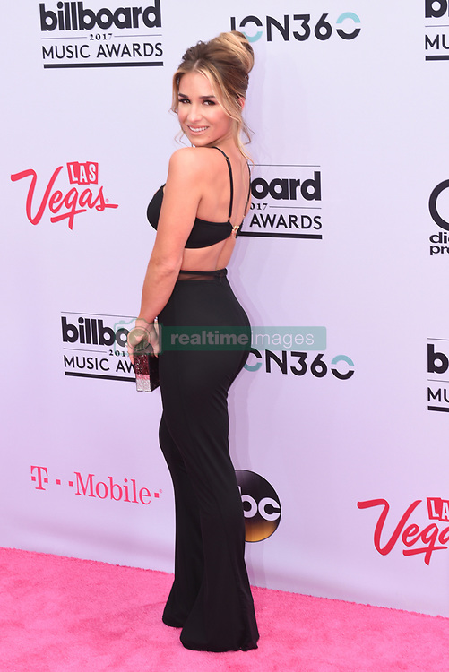 Singer Jessie James Decker at 2017 Billboard Music Awards held at T-Mobile Arena on May 21, 2017 in Las Vegas, NV, USA (Photo by Jason Ogulnik) *** Please Use Credit from Credit Field ***