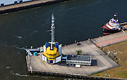 Nederland, Zuid-Holland, Rotterdam, 23-05-2011;.Walradar aan de Lekstraat..Shore-to-ship radar...luchtfoto (toeslag), aerial photo (additional fee required).copyright foto/photo Siebe Swart