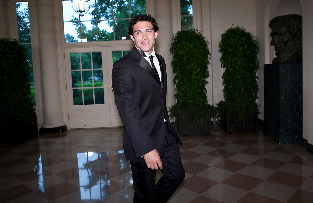 New York Jets football player Mark Sanchez arrives for the State Dinner hosted by US President Barack Obama and first lady Michelle Obama for the President of Mexico Felipe Calderon and his wife Margarita Zavala at the White House in Washington on May 19, 2010.       REUTERS/Joshua Roberts    (UNITED STATES)