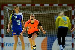 30-11-2012 HANDBAL: NEDERLAND - SLOVENIE: APELDOORN .WK Kwalificatie toernooi WK 2013 Omnisportcentrum Apeldoorn / Nederland wint met 24-23 - Nyncke Groot maakt 5 seconde voor tijd de 24-23 en schreeuwt het uit.©2012-FotoHoogendoorn.nl. (Foto by Ronald Hoogendoorn / Sportida)