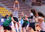 DESCRIZIONE : Torneo di Schio - allenamento  <br /> GIOCATORE : Chiara Pastore<br /> CATEGORIA : nazionale femminile senior A <br /> GARA : Torneo di Schio - allenamento<br /> DATA : 28/12/2014 <br /> AUTORE : Agenzia Ciamillo-Castoria