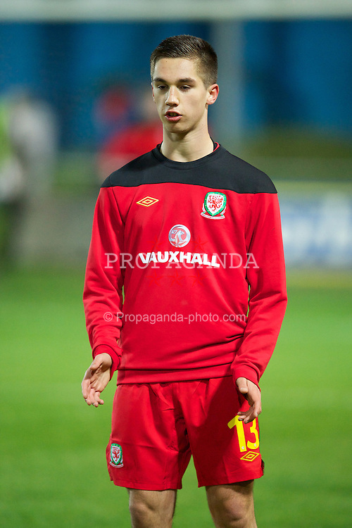 PORT TALBOT, WALES - Thursday, November 1, 2012: Wales' Tom Pearson warms-up before the Under-16's Victory Shield match against England at Victoria Road. (Pic by David Rawcliffe/Propaganda)