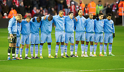 27.11.2011, Anfield Stadion, Liverpool, ENG, PL, FC Liverpool vs Manchester City, 13. Spieltag, im Bild Manchester City players stand still for one minute in memory of Liverpool's goalkeeper Brad Jones' son, Luca, and Wales manager Gary Speed, who died this morning, before the football match of English premier league, 13th round, between FC Liverpool and Manchester City at Anfield Stadium, Liverpool, United Kingdom on 2011/11/27. EXPA Pictures © 2011, PhotoCredit: EXPA/ Sportida/ David Rawcliff..***** ATTENTION - OUT OF ENG, GBR, UK *****