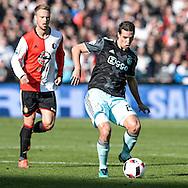 23-10-2016: Voetbal: Feyenoord v Ajax: Rotterdam<br /> <br /> (L-R) Ajax speler Nick Viergever tijdens het Eredivsie duel tussen Feyenoord en Ajax op 23 oktober in stadion Feijenoord (de Kuip) tijdens speelronde 10<br /> <br /> Eredivisie - Seizoen 2016 / 2017<br /> <br /> Foto: Gertjan Kooij
