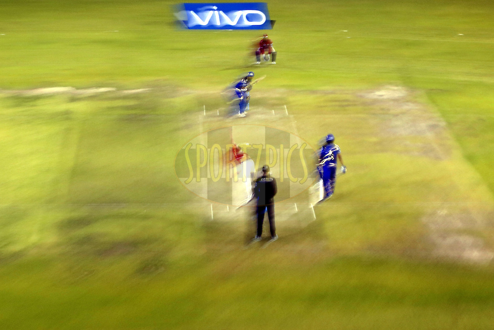 Kings XI Punjab and Mumbai Indians players in action during match 21 of the Vivo Indian Premier League ( IPL ) 2016 between the Kings XI Punjab and the Mumbai Indians held at the IS Bindra Stadium, Mohali, India on the 25th April 2016<br /> <br /> Photo by Arjun Singh / IPL/ SPORTZPICS