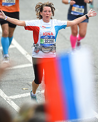 01-11-2015 USA: NYC Marathon We Run 2 Change Diabetes day 4, New York<br /> De dag van de marathon, 42 km en 195 meter door de straten van Staten Island, Brooklyn, Queens, The Bronx en Manhattan / Igna
