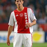 NLD/Amsterdam/20060823 - Ajax - FC Kopenhagen, duel Klaas Jan Huntelaar