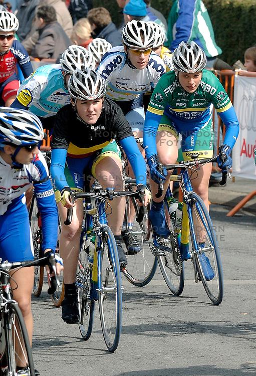 03-04-2006 WIELRENNEN: COURSE DOTTIGNIES: BELGIE<br /> De Belgische Corine Hiercekens / aa cycling team<br /> ©2006-WWW.FOTOHOOGENDOORN.NL