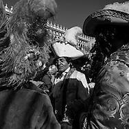 Italy. Venice Carnival. masked people / le Carnaval de Venise