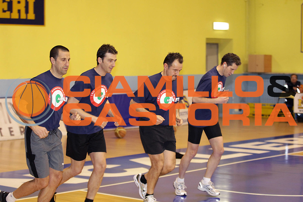 DESCRIZIONE : Torino Coppa Italia Final Eight 2011 Raduno Arbitri Referee<br /> GIOCATORE : referee arbitro <br /> SQUADRA : Aiap<br /> EVENTO : Agos Ducato Basket Coppa Italia Final Eight 2011<br /> GARA : <br /> DATA : 09/02/2011<br /> CATEGORIA : referee arbitro<br /> SPORT : Pallacanestro<br /> AUTORE : Agenzia Ciamillo-Castoria/C.De Massis<br /> Galleria : Final Eight Coppa Italia 2011<br /> Fotonotizia : Torino Coppa Italia Final Eight 2011 Raduno Arbitri Referee<br /> Predefinita :