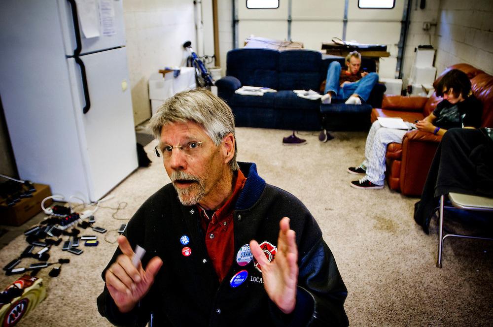 Volunteers in Colorado Springs....Vietnam veteran XX is volunteering for Obama....Photographer: Chris Maluszynski /MOMENT
