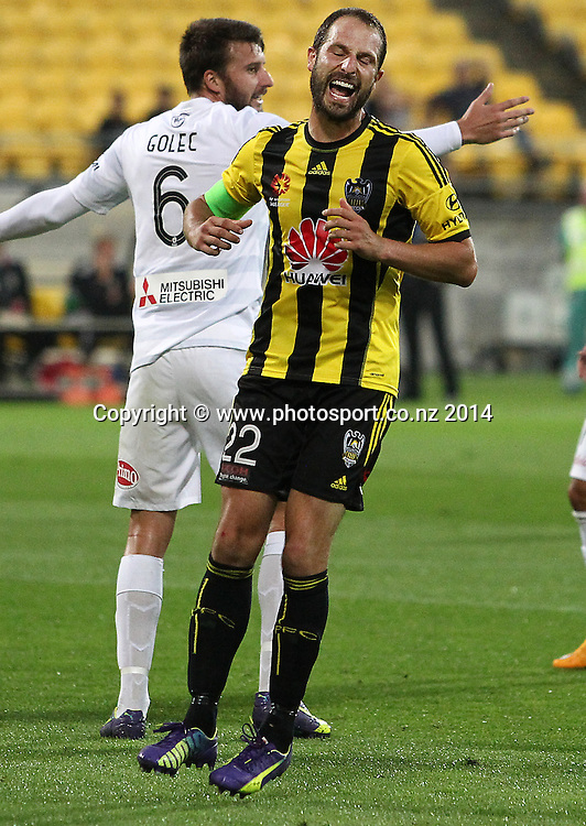 Phoenix Andrew Durante reacts to missing a chance on goal during the A-League football match between the Wellington Phoenix & Western Sydney Wanderers at Westpac Stadium, Wellington, 28 December 2014. Photo.: Grant Down / www.photosport.co.nz