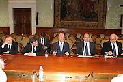DESCRIZIONE : Roma Palazzo Chigi Commissione FIBA in visita per assegnazione dei Mondiali 2014<br /> GIOCATORE : Giovanni Petrucci Gianni Alemanno Gianni Letta  Rocco Crimi<br /> SQUADRA : Fiba Fip<br /> EVENTO : Visita per assegnazione dei Mondiali 2014<br /> GARA :<br /> DATA : 03/04/2009<br /> CATEGORIA : Ritratto<br /> SPORT : Pallacanestro<br /> AUTORE : Agenzia Ciamillo-Castoria/G.Ciamillo