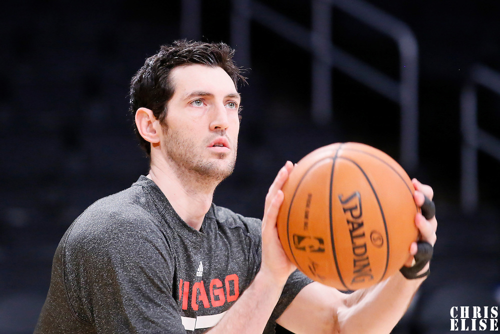 09 February 2014: Chicago Bulls shooting guard Kirk Hinrich (12) warms prior to the Chicago Bulls 92-86 victory over the Los Angeles Lakers at the Staples Center, Los Angeles, California, USA.