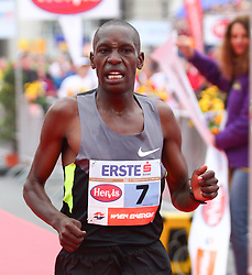 15.04.2012, Wien, AUT, Vienna City Marathon 2012, im Bild Henry Sugut (KEN) // during the Vienna City Marathon 2012, Vienna, Austria on 15/04/2012,  EXPA Pictures © 2012, PhotoCredit: EXPA/ T. Haumer