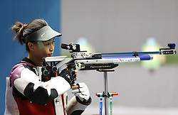 05.09.2015, Olympia Schiessanlage Hochbrueck, Muenchen, GER, ISSF World Cup 2015, Gewehr, Pistole, Damen, 10 Meter Luftgewehr, im Bild Siling Yi (CHN) konzentriert sich // during the women's 10M air rifle competition of the 2015 ISSF World Cup at the Olympia Schiessanlage Hochbrueck in Muenchen, Germany on 2015/09/05. EXPA Pictures © 2015, PhotoCredit: EXPA/ Eibner-Pressefoto/ Wuest<br /> <br /> *****ATTENTION - OUT of GER*****