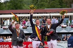 Wernke Jan (GER), Haßmann Felix (GER), Cayenne WZ, Sosath Hendrik (GER)<br /> Balve - Longines Optimum 2019<br /> Siegerehrung<br /> LONGINES Optimum Preis<br /> Deutsche Meisterschaft der Springreiter<br /> Finalwertung<br /> 16. Juni 2019<br /> © www.sportfotos-lafrentz.de/Stefan Lafrentz
