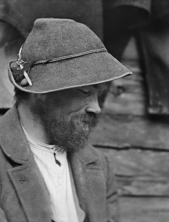 Bavarian Man with Beard and Felt Hat, 1921