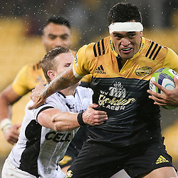 Vaea Fifita of the Hurricanes breaks away to score a try during the Super Rugby quarter-finals match between the Hurricanes and Sharks at Westpac Stadium in Wellington, New Zealand on Saturday, 23 July 2016.  Photo: Martin Hunter / lintottphoto.co.nz