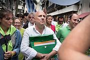 Uruguay / Montevideo / 2016<br /> Edgardo Novick y el Partido de la Gente. Presentacion de las firmas para la inscripcion en la Corte Electoral del Partido de la Gente liderardo por Edgrado Novick. Montevideo, 07/11/2016.<br /> Foto: Ricardo Ant&uacute;nez / adhocFOTOS