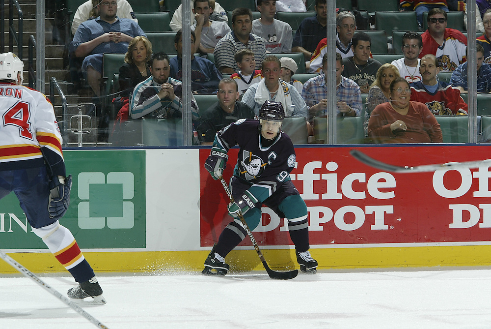 2003 NHL Archive<br /> <br /> Anaheim Ducks @ Florida Panthers