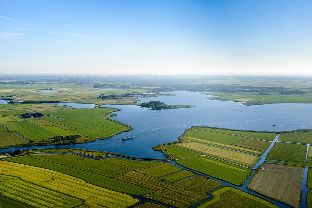 Nederland, Noord-Holland, Gemeente Castricum, 13-06-2017; De Woude, dorp aan het Alkmaardermeer.<br /> Village at lake Alkmaar.<br /> <br /> luchtfoto (toeslag op standard tarieven);<br /> aerial photo (additional fee required);<br /> copyright foto/photo Siebe Swart