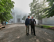 "58th Art Biennale Venice ""May You Live in Interesting Times"" curated by Ralph Rugoff (l.), here with Biennale President Paolo Baratta in front of the International Pavillon, with artificial fog by Lara Favaretto."