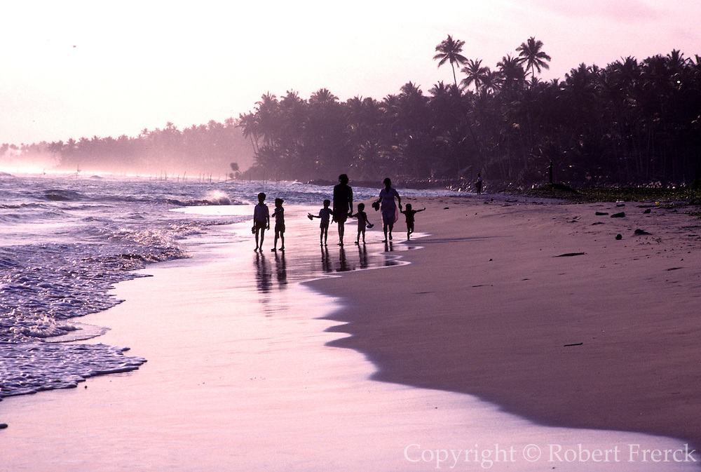 SRI LANKA, SEA COASTS fishermen on shore at a village near Galle on the island's southern coast