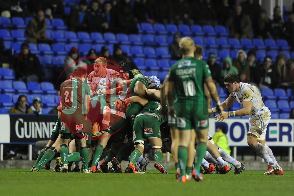 London Irish and Exeter Chiefs scrum - Photo mandatory by-line: Dougie Allward/JMP - Mobile: 07966 386802 - 11/01/2015 - SPORT - RUGBY - Reading - Madejski Stadium - London Irish v Exeter Chiefs - Aviva Premiership
