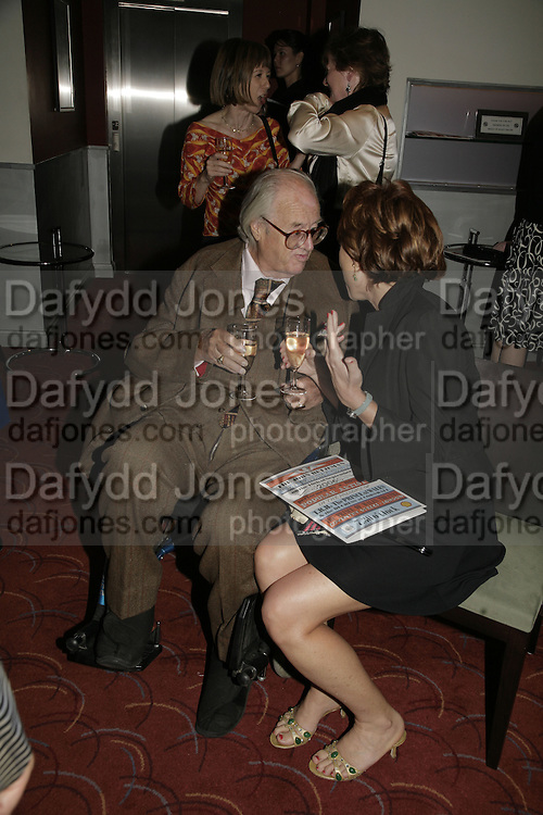 JOHN MORTIMER AND KATHY LETTE, The John Betjeman Variety Show, sponsored by Shell, in aid of Sane. In the Presnece of the Prince of Wales and the Duchess of Cornwall. Prince of Wales theatre. London. 10 September 2006. ONE TIME USE ONLY - DO NOT ARCHIVE  © Copyright Photograph by Dafydd Jones 66 Stockwell Park Rd. London SW9 0DA Tel 020 7733 0108 www.dafjones.com