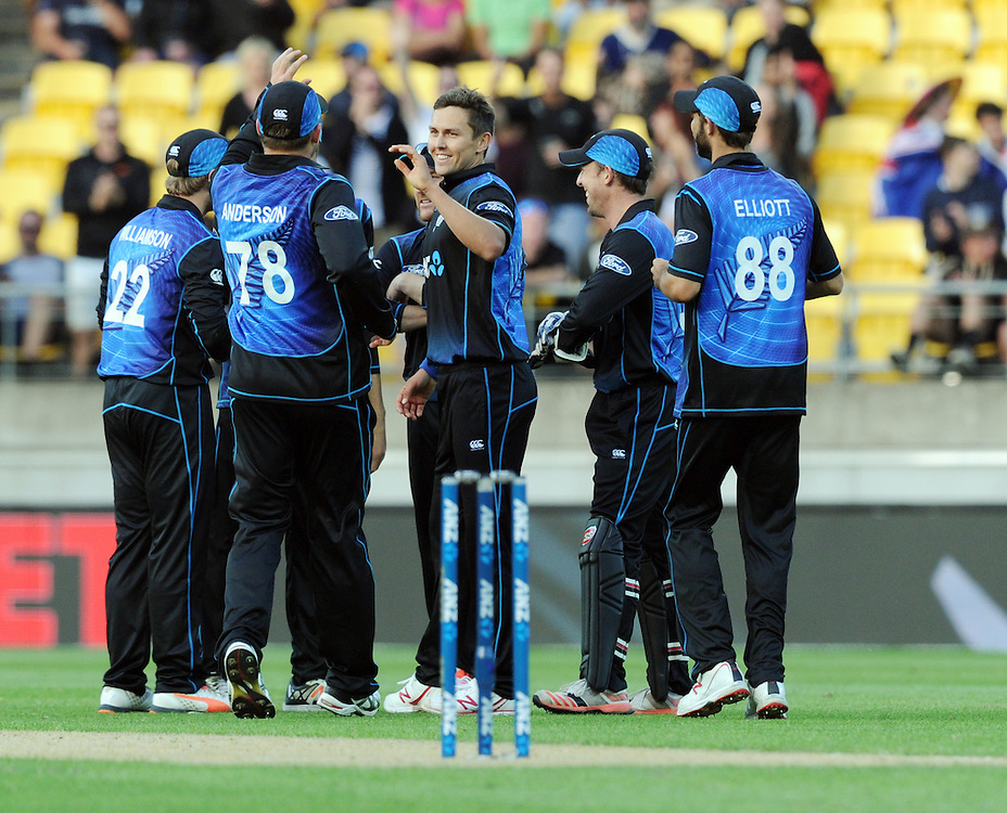 New Zealand's Trent Boult, centre, after bowling Australia's Glenn Maxwell for 6 in the 2nd One Day International Cricket match at Westpac Stadium, Wellington, New Zealand, Saturday, February 06, 2016. Credit:SNPA / Ross Setford