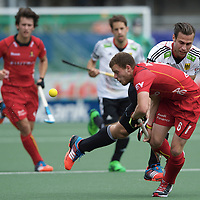 DEN HAAG - Rabobank Hockey World Cup<br /> 36 Belgium - Germany<br /> Foto: Dorian Thiery (red) and Christopher Zeller (white).<br /> COPYRIGHT FRANK UIJLENBROEK FFU PRESS AGENCY