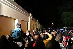 05.12.2013, Johannesburg, ZAF, Nelson Mandela, der Gigant des Humanismus ist im Alter von 95 Jahren in seinem Haus an den Folgen einer Lungenentzuendung gestorben, im Bild People gather outside the residence of former South African President Nelson Mandela // Nelson Mandela a giant of humanism died in his house in Johannesburg, South Africa on 2013/12/05. EXPA Pictures © 2013, PhotoCredit: EXPA/ Photoshot/ Guo Xinghua<br /> <br /> *****ATTENTION - for AUT, SLO, CRO, SRB, BIH, MAZ only*****