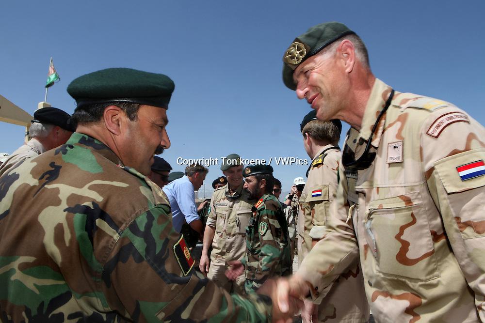 Dutch general 'kees van den heuvel' of the uruzgan ISAF troops meets ANA general Hamid in Afghanistan