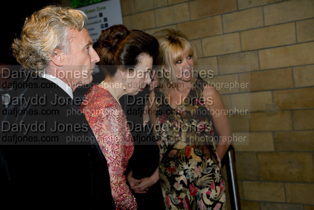 GORDON CAMPBELL GRAY; PRINCESS ROYAL; JO WOOD, Festival of Trees Gala Dinner. In aid of Save The Children.<br />Natural History Museum, London, SW7. 9 December 2008 *** Local Caption *** -DO NOT ARCHIVE-© Copyright Photograph by Dafydd Jones. 248 Clapham Rd. London SW9 0PZ. Tel 0207 820 0771. www.dafjones.com.