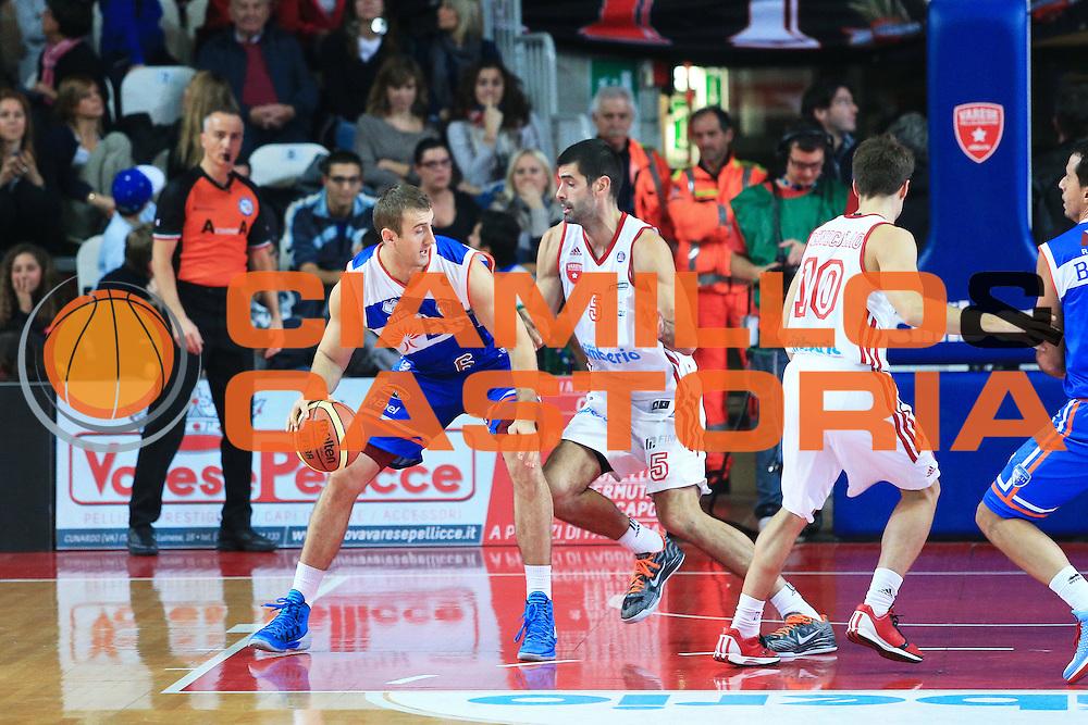 DESCRIZIONE : Varese Lega A 2012-13 Cimberio Varese Enel Brindisi <br /> GIOCATORE : Todic Miroslav<br /> CATEGORIA : Palleggio<br /> SQUADRA : Enel Brindisi<br /> EVENTO : Campionato Lega A 2013-2014<br /> GARA : Cimberio Varese Enel Brindisi<br /> DATA : 17/11/2013<br /> SPORT : Pallacanestro <br /> AUTORE : Agenzia Ciamillo-Castoria/I.Mancini<br /> Galleria : Lega Basket A 2013-2014  <br /> Fotonotizia : Varese Lega A 2013-2014 Cimberio Varese Enel Brindisi<br /> Predefinita :