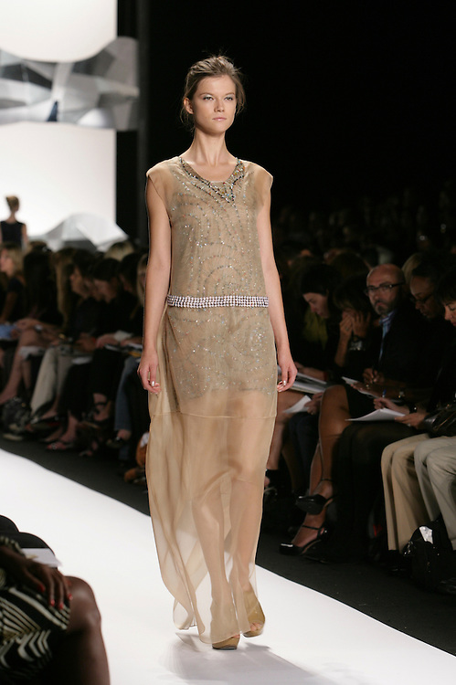 Vera Wang<br /> Spring/Summer 2009 Collection<br /> Mercedes-Benz Fashion Week,<br /> Sept 2008, New York, NY