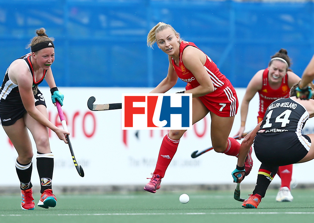 New Zealand, Auckland - 18/11/17  <br /> Sentinel Homes Women&rsquo;s Hockey World League Final<br /> Harbour Hockey Stadium<br /> Copyrigth: Worldsportpics, Rodrigo Jaramillo<br /> Match ID: 10293 - ENG vs GER<br /> Photo: (7) MARTIN Hannah against (14) M&Uuml;LLER-WIELAND Janne (C) and (13) MARTIN PELEGRINA Teresa