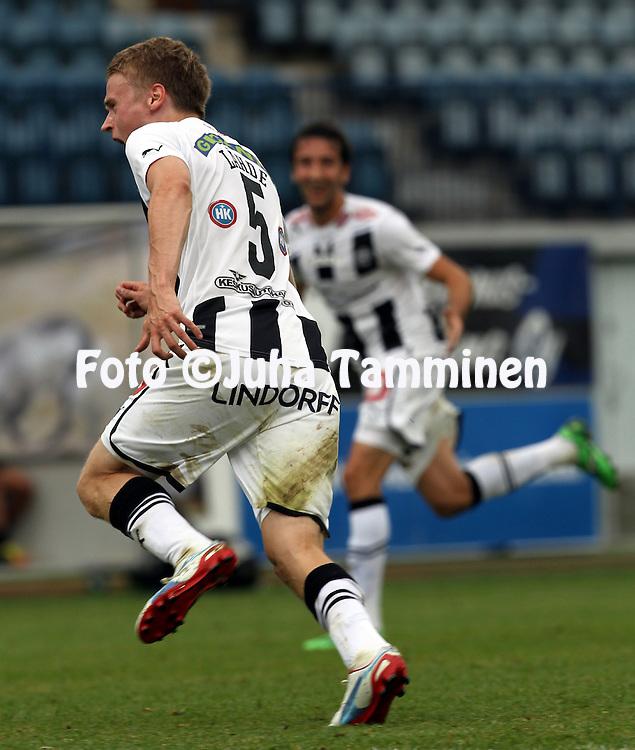 9.7.2012, Veritas stadion (Kupittaa), Turku..Veikkausliiga 2012..FC TPS Turku - FC Honka..Juho L?hde (TPS) tuulettaa voittomaalia..
