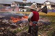 Burning corn stalks after the harvest in Xizhouzhen village, north of Dali.