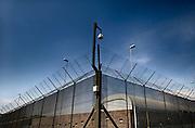 Nederland, Nijmegen, 11-10-2014 Tijdens de open dag van justitie krijgen belangstellenden een rondleiding van een medewerker langs enkele afdelingen van de tbs inrichting de pompekliniek. Bezocht werden o.a. een metaalwerkplaats, de houtwerkplaats, een woonafdeling en een isoleercel . Na afloop kon men in gesprek gaan met een patient . FOTO: FLIP FRANSSEN