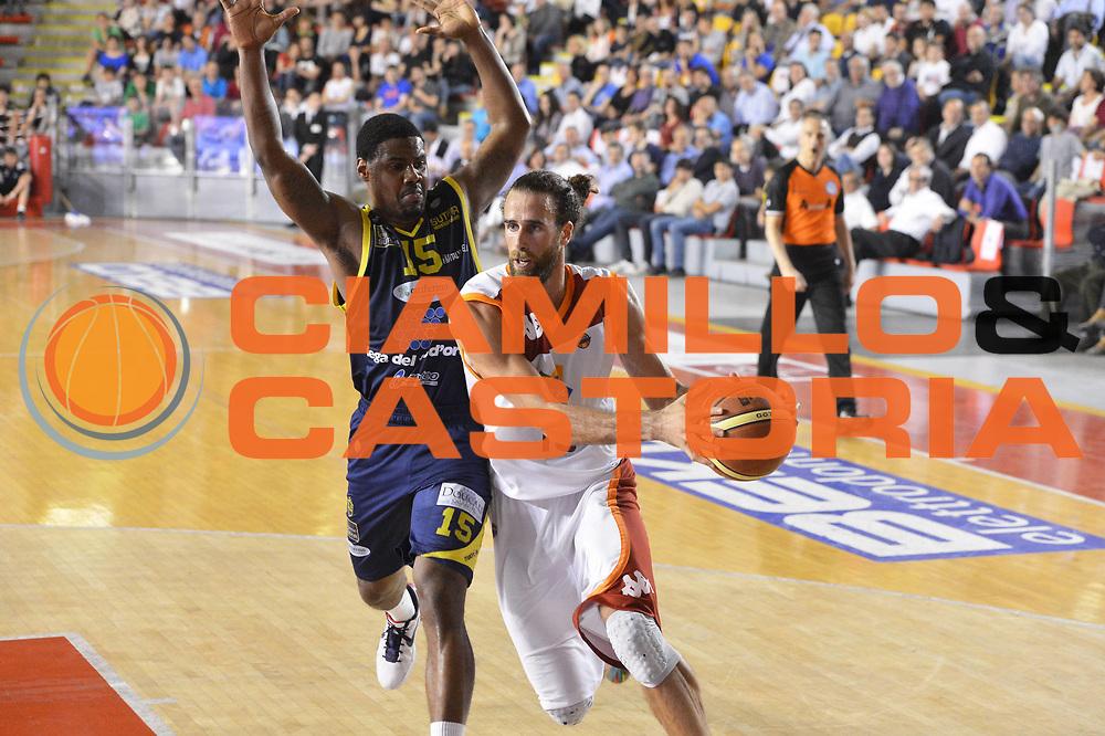 DESCRIZIONE : Roma Lega A 2012-2013 Acea Roma Sutor Montegranaro<br /> GIOCATORE : Luigi Datome<br /> CATEGORIA : penetrazione<br /> SQUADRA : Acea Roma<br /> EVENTO : Campionato Lega A 2012-2013 <br /> GARA : Acea Roma Sutor Montegranaro<br /> DATA : 05/05/2013<br /> SPORT : Pallacanestro <br /> AUTORE : Agenzia Ciamillo-Castoria/ GiulioCiamillo<br /> Galleria : Lega Basket A 2012-2013  <br /> Fotonotizia : Roma Lega A 2012-2013 Acea Roma Sutor Montegranaro<br /> Predefinita :