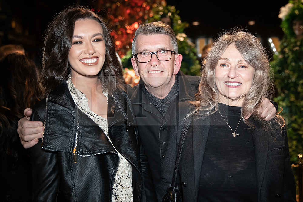 © Licensed to London News Pictures . 23/11/2018. Manchester , UK . Smiths drummer Mike Joyce (c) arrives at an opening event of The Ivy restaurant and bar venue in Spinningfields in Manchester City Centre . Photo credit : Joel Goodman/LNP